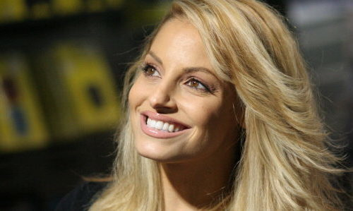 Trish Stratus Interview: Ribs In The Past, Current WWE Divas, Gridlocked With Danny Glover