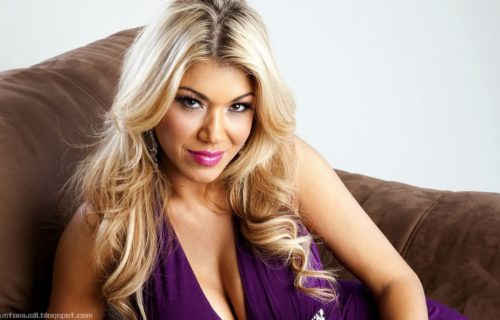 WWE Gives Rosa Mendes A New Role Due To Her Pregnancy