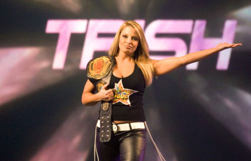 Mickie James wants a match with Trish Stratus at WWE Evolution
