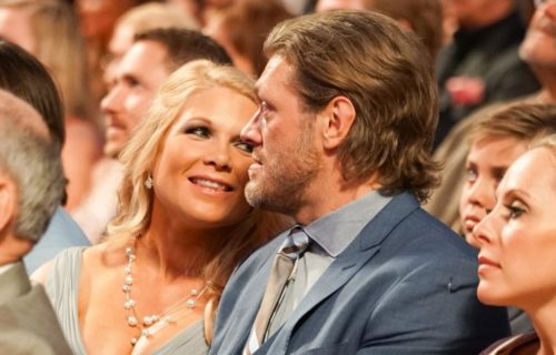 (Pics) WWE Hall Of Famer Married Over The Weekend