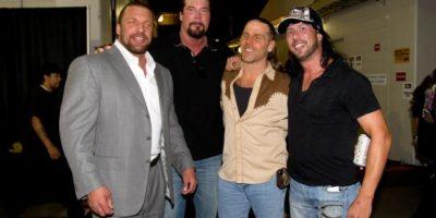X-Pac reveals what Triple H said to him.