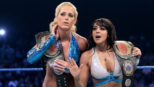 Michelle McCool and Layla tease a LayCool reunion for WWE