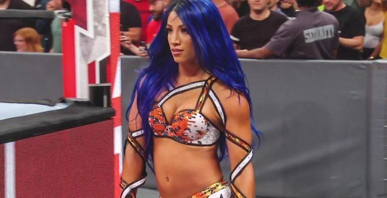 Sasha-Banks-heel