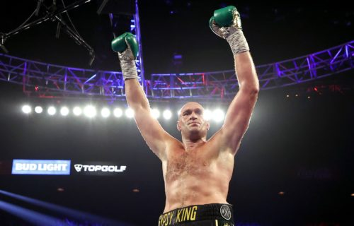 Tyson Fury Caught Cheating With Gloves?