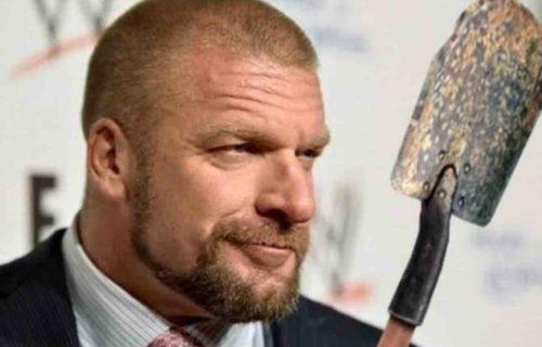 WWE 'Bury' AEW Female Star In Photo